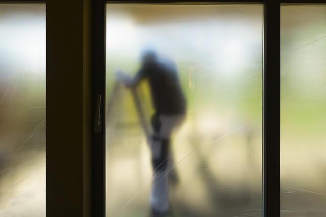 nieszczelne drzwi balkonowe regulacja