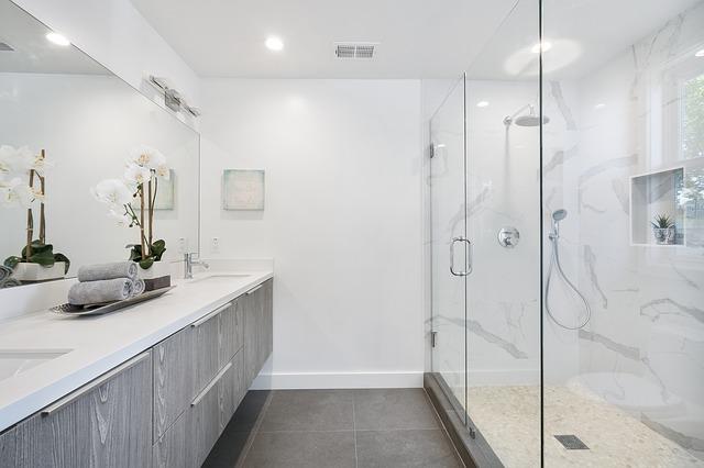 Kabina prysznicowa, która odmieni twoją łazienkę!