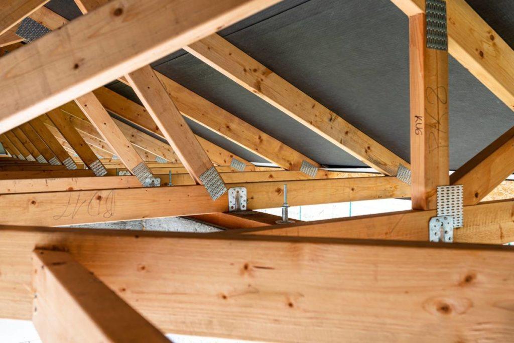 Budujesz dom? Sprawdź, jaki dach wybrać!